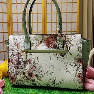 Beautiful Vintage Floral Design Vegan Bag - NWT